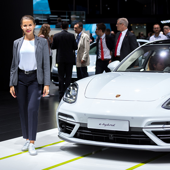 ENVY Project - envy my people für Porsche - IAA 2017 - Image 3